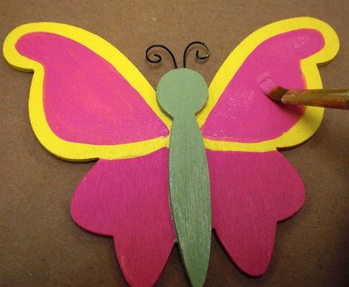Paint a smaller wing inside the large with Pure Pink,