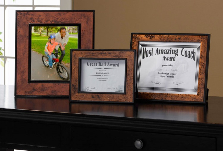 Painted photo frames for Dad.